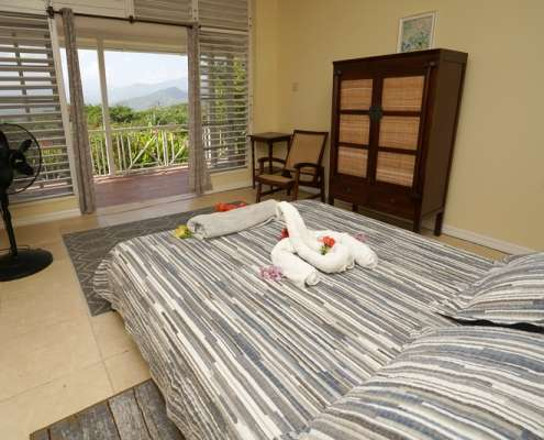 Holiday apartments in Jamaica with balcony