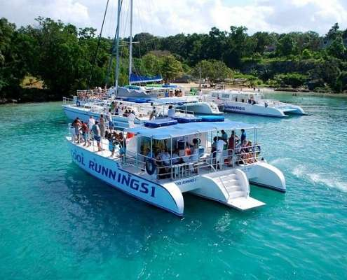 Jamaica-Dunns-River-Falls-Party-Cruise-with-Snorkelling